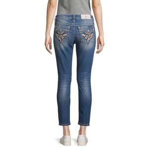 Miss Me Classy Scrolled Floral Cropped Jeans